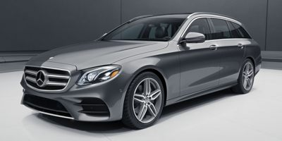Buy a 2018 Mercedes Benz in Ackley, IA