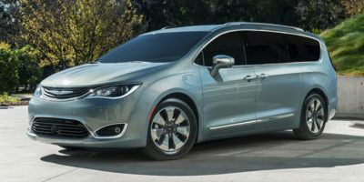 Buy a 2020 Chrysler in Los Angeles, CA