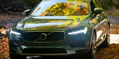 Buy a 2021 Volvo in Cove, AR
